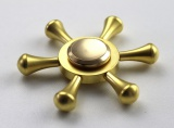 Fidget spinner - ježek ze zlaté klece
