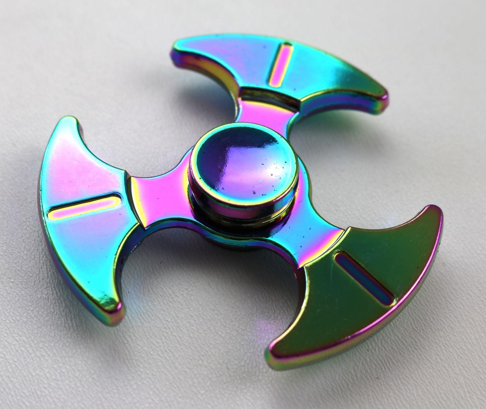 Kovový spiner